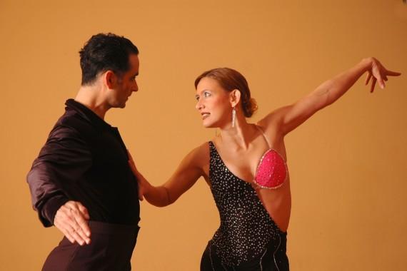 ballroom-latin-dance-dancing